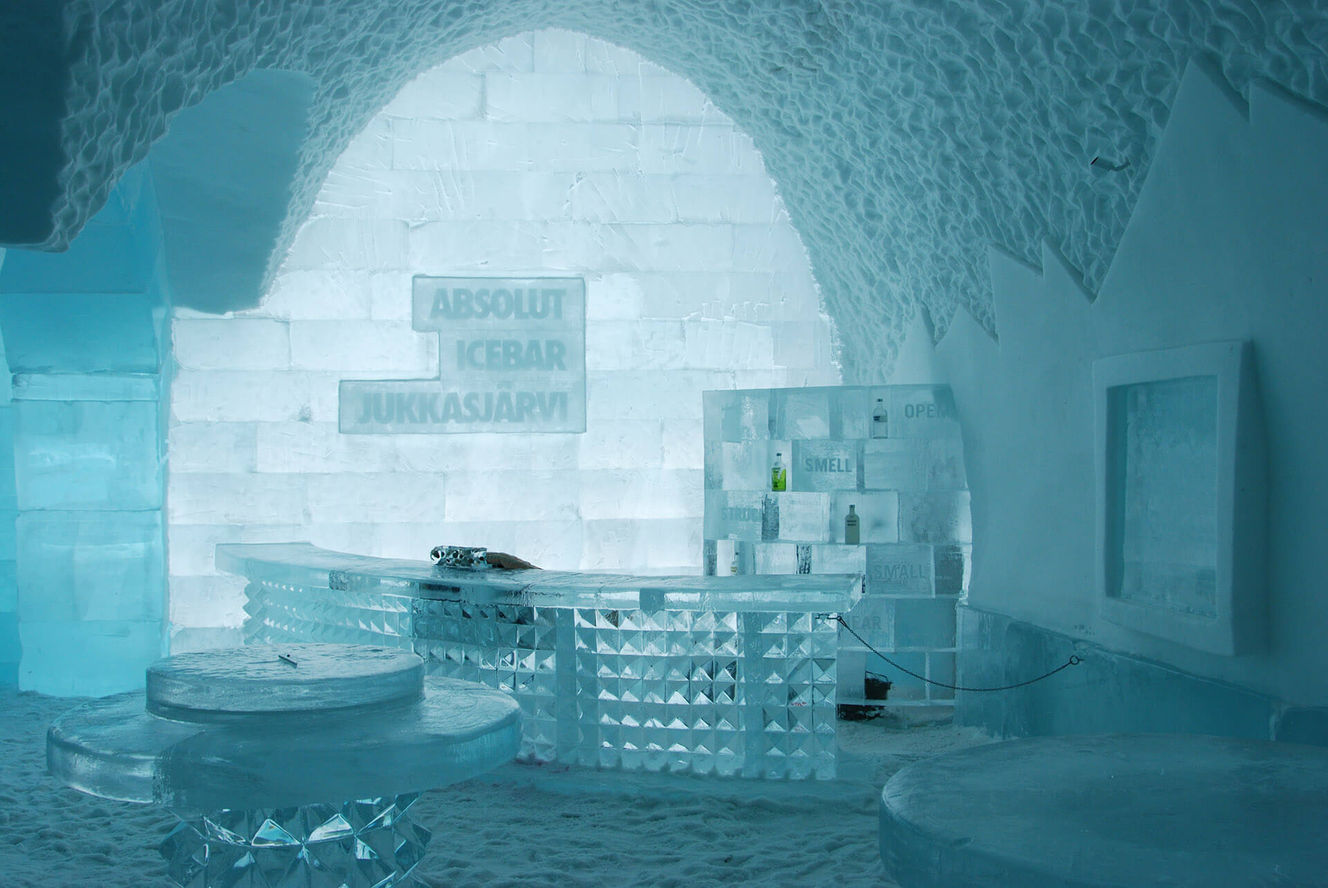 icehotel day trip
